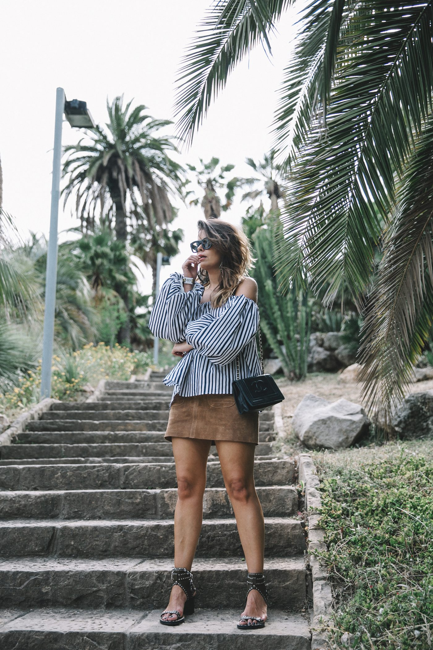 Chicwish-Off_The_Shoulders_Top-Outfit-Suede_Skirt-Free_People-Isabel_marant_Sandals-Chanel_Vintage_Bag-Statement_Earrings-Boho-Collage_Vintage-36-1400x2100